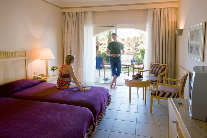 Hotel jaz makadi star spa golfurlaub mit fairway for Indische schirme